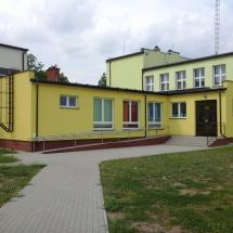 Budynek_przedszkola_w_Mokrej_Wsi